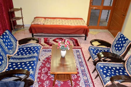 Jaiswal Homestay-Pets Friendly Entire House-3BHK