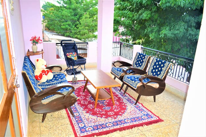Jaiswal Homestay-Pets allowed-Entire Tourist Home