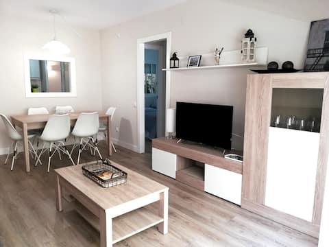 Cambrils Best Location - Pool & 50m from Beach!