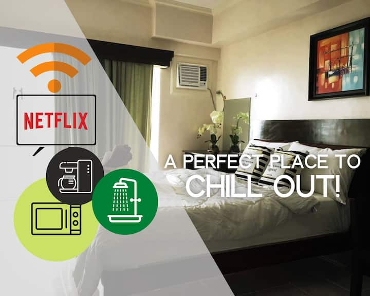 Joe's Lake View Lodging w/ WIFI + NETFLIX