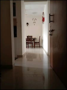 entrance to living room hallway