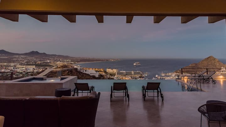 EXCLUSIVE & LUXURY HOUSE AT PEDREGAL