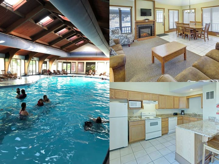 Pocono Condo~ Sleeps 6 ~ Pools~Skiing close by