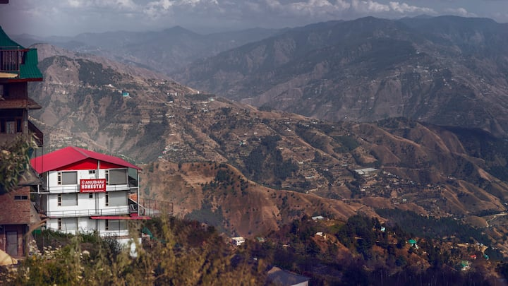 4 Suites | Amazing Himalayan View | Orchard | Lawn