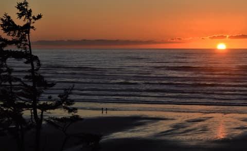Relaxing Ocean Views - Fabulous Kitchen -