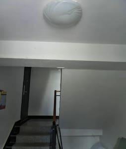楼道里有感应灯