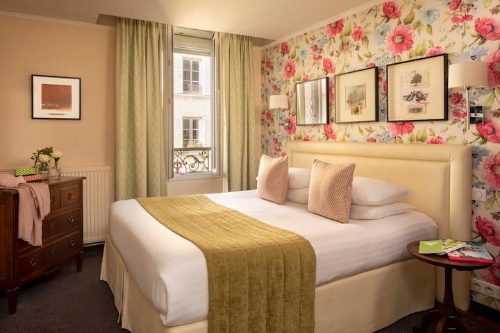 Chambre Double Standard proche de la Tour Eiffel
