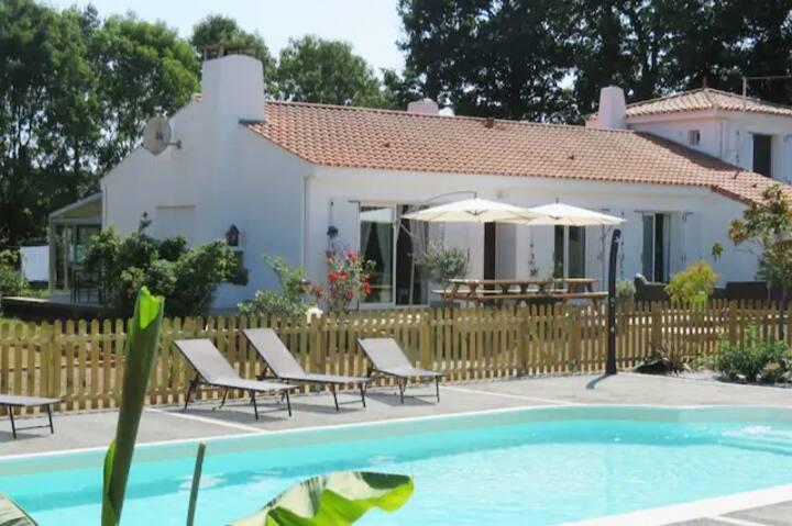 Saint-Julien-des-Landes : vacances familiales