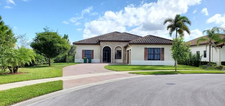 Beautiful House in Naples area, Florida.
