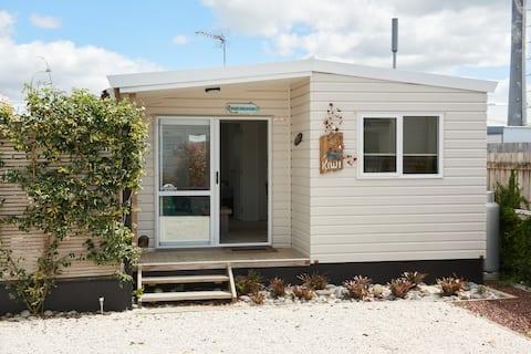 Orewa Kiwi Cabins - Kiwi