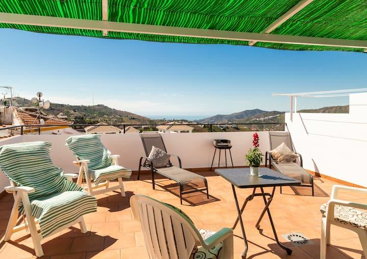 Antares ,acogedor apartamento con terraza soleada.