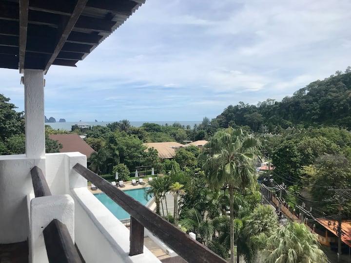 Family Suite - AoNang Colors Hotel - Ao Nang Beach