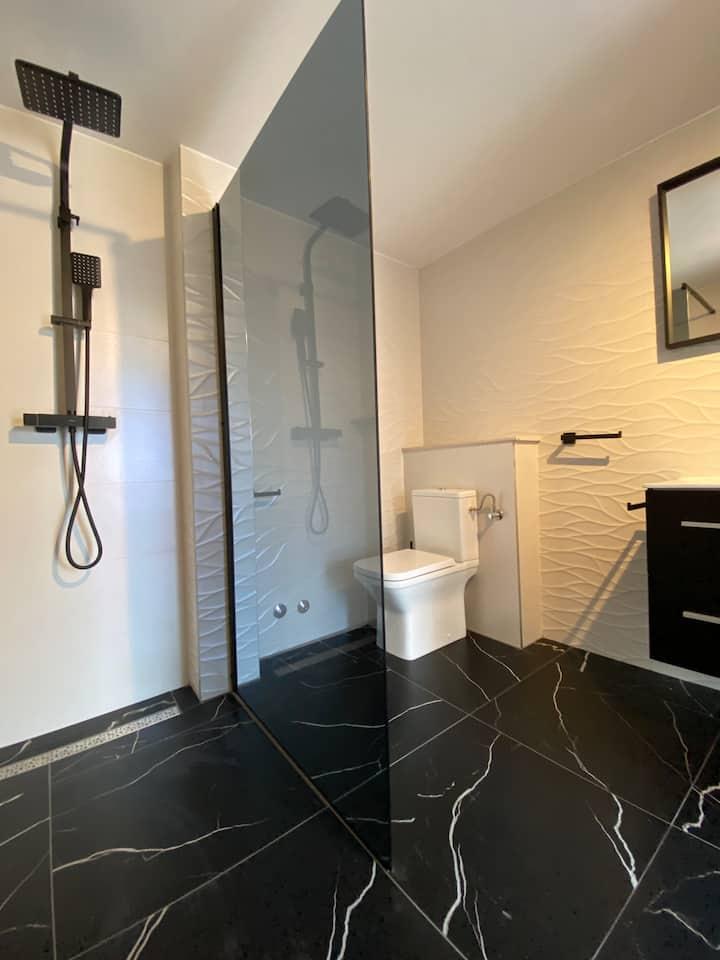 Cozy Apartment Gardensuite