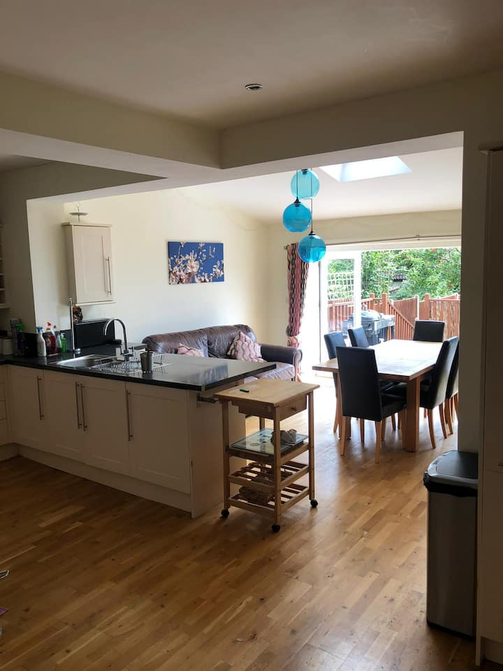COSY SINGLE ROOM IN  HOME IN WESTBURY ON TRYM