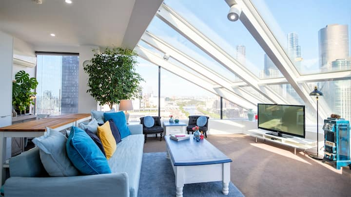 【Melbourne Spaceship Penthouse】ONE OF A KIND VIEW