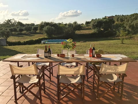 Private villa - Pool, garden, beach, party, food