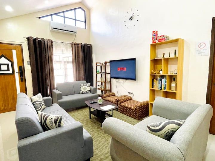 The Pad Home 2.0 | fastwifi, spacious modern house