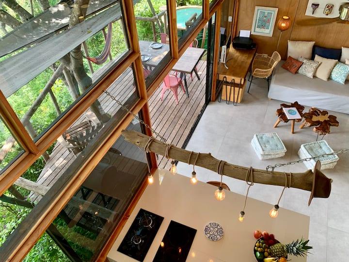 Maison dans les arbres avec vue panoramique