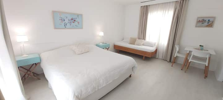 Private apartment with hotel styling. Floor 7