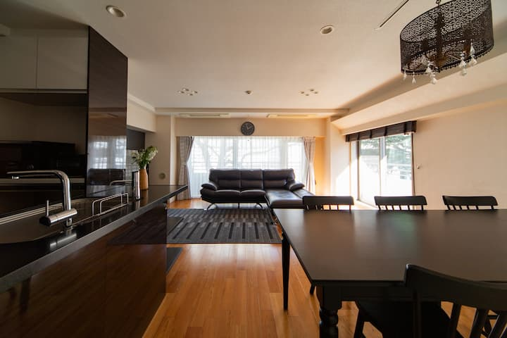 Perfect location/Cozy space/85.75㎡/Free Wi-Fi
