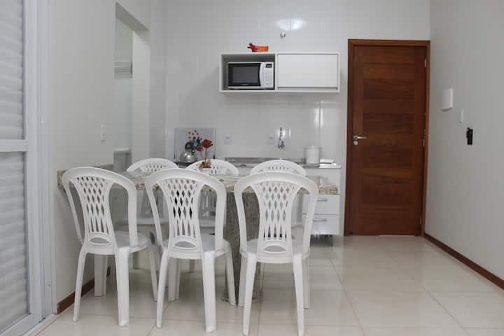 Apartamento acomoda até 6 pessoas