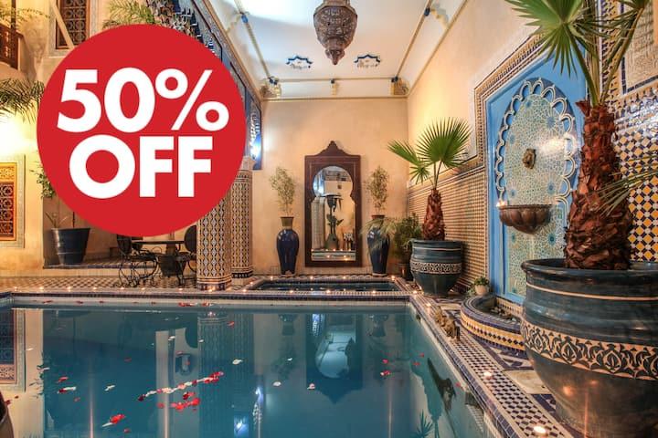 @ Riad A Marrakech  place Jama el Fnaa SWIMINGPOOL