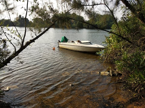Camp Riveredge Paradise - Rustic Cabin 2