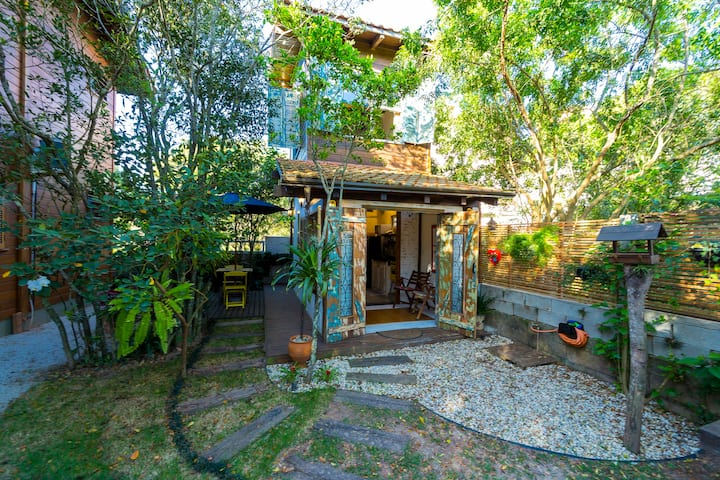 Tiny House p casal a 350 metros do mar em Mariscal