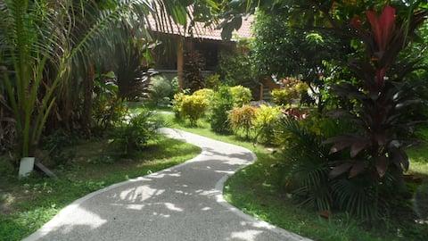 Bungalow mit Klimaanlage auf der Insel Sibuyan