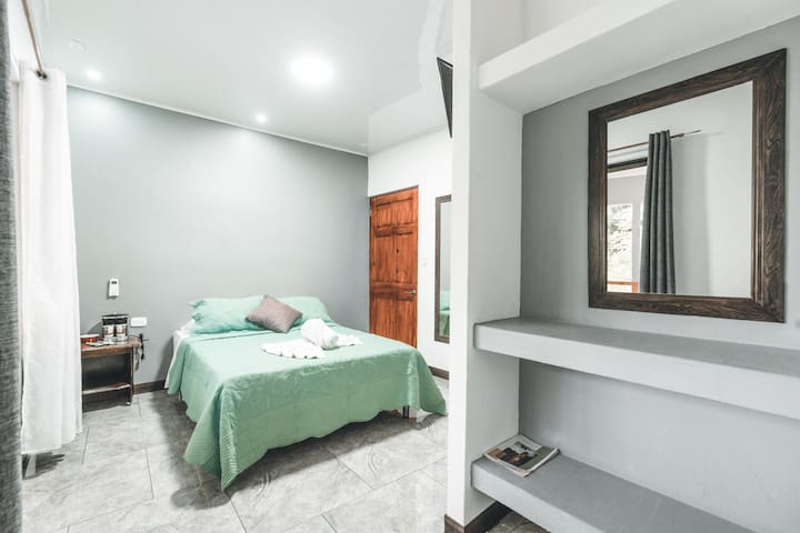 Double Room with Balcony Hotel Hoja de Oro