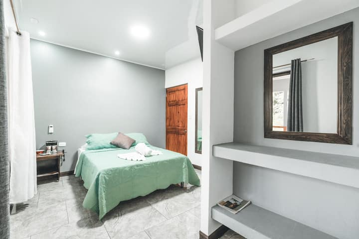 Habitación doble con Balcón Hotel Hoja de Oro