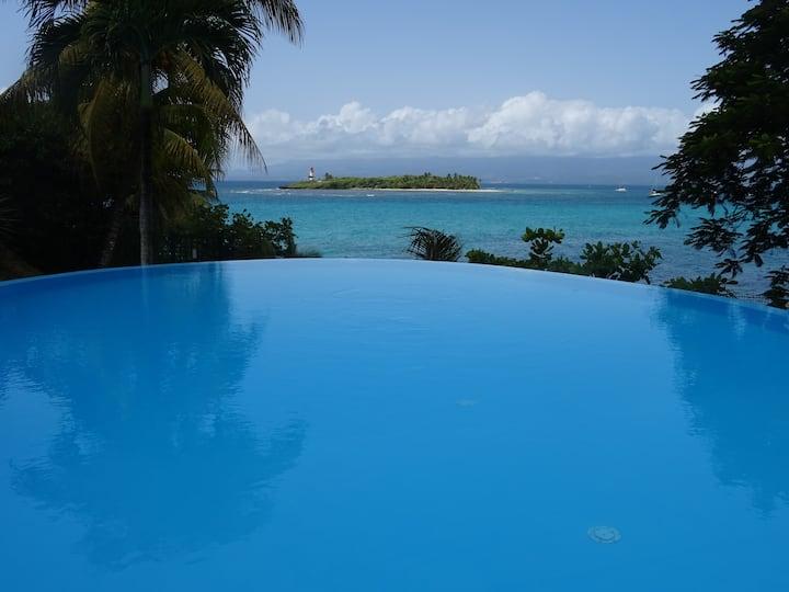 Le Flamboyant, triplex vue mer,3 chambres, piscine