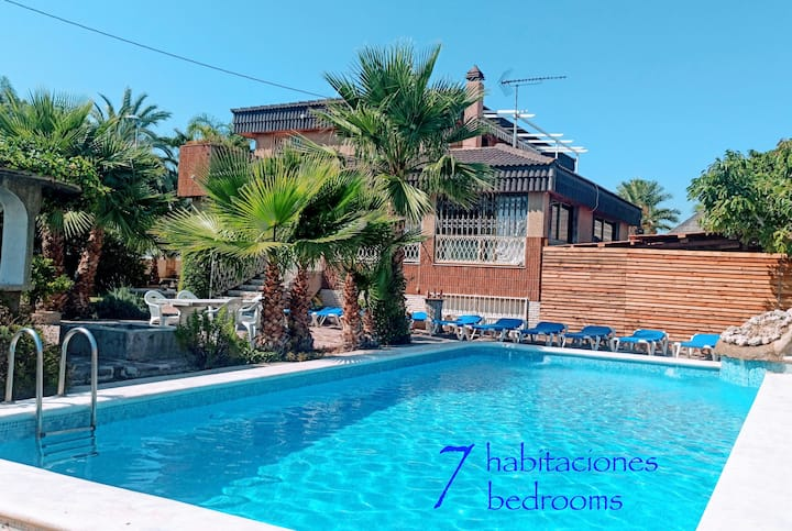 Villa ChaletBenidorm HUGE monthly WINTER DISCOUNT