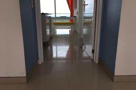 Široký vchod pre hostí