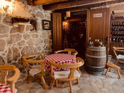 Rom i vingård Pajovic