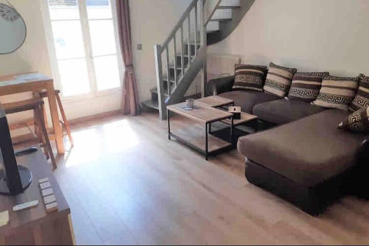 Beau Duplex en plein centre ville de Senlis