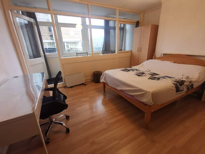 Cozy comfortable large double room with balcony