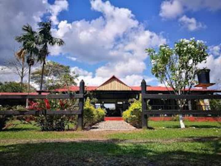 Finca Turística Villa Nidia en Villavicencio