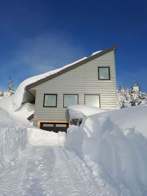 Mt. Washington - Artistically Crafted Chalet & Spa