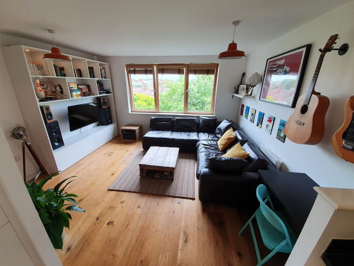 Quiet Modern Flat 5 mins from Temple Meads