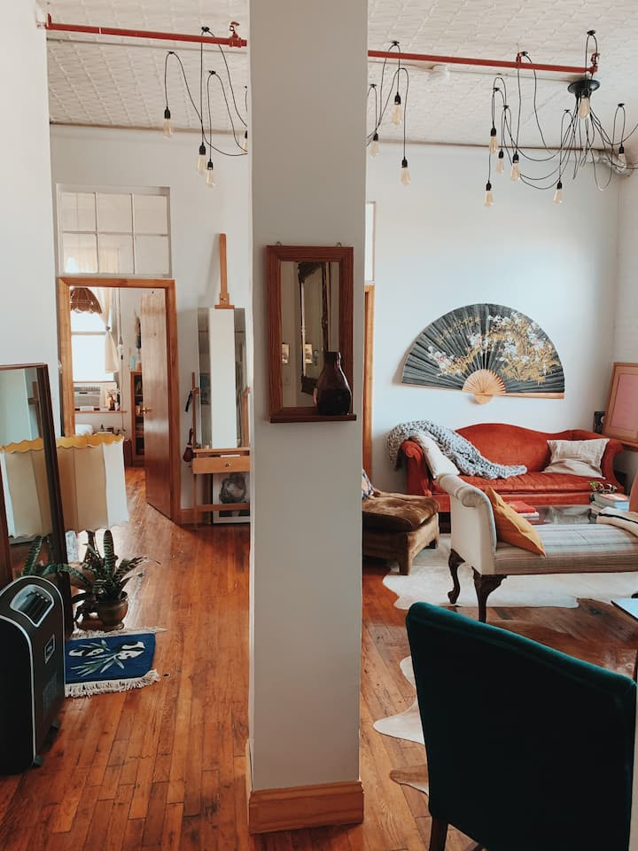 Peaceful & Beautiful Bushwick Loft w/ Private Room