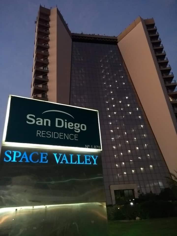 Flat Mobiliado com arrumação + Enxoval - San Diego