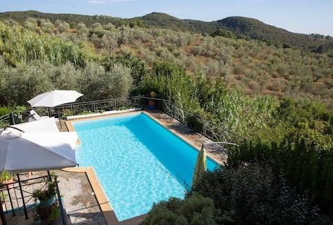 Grande appartamento in villa Toscana con piscina