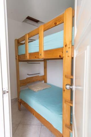 Habitación 6 con camarote