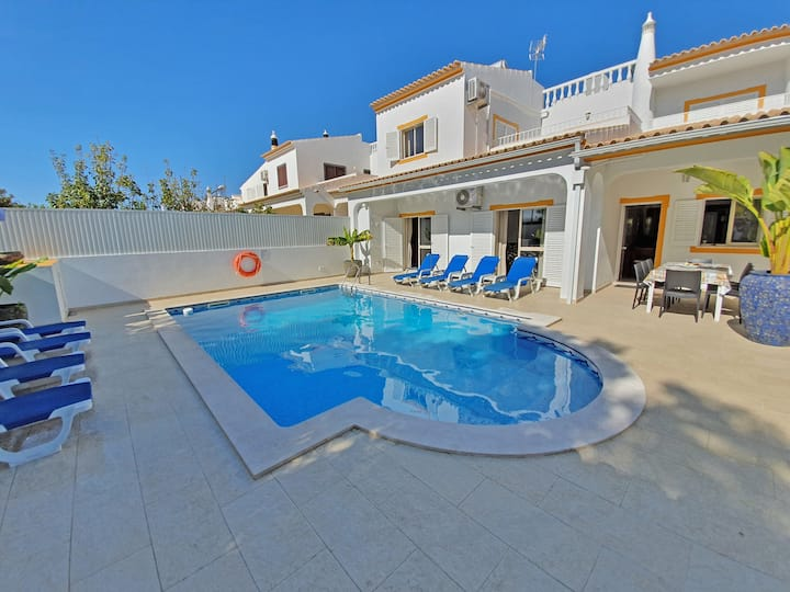 Villa Chiquito Albufeira - Near Old Town and Beach