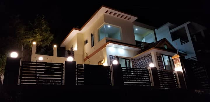 Amaanath - A Kodaikanal Home with a Valley View
