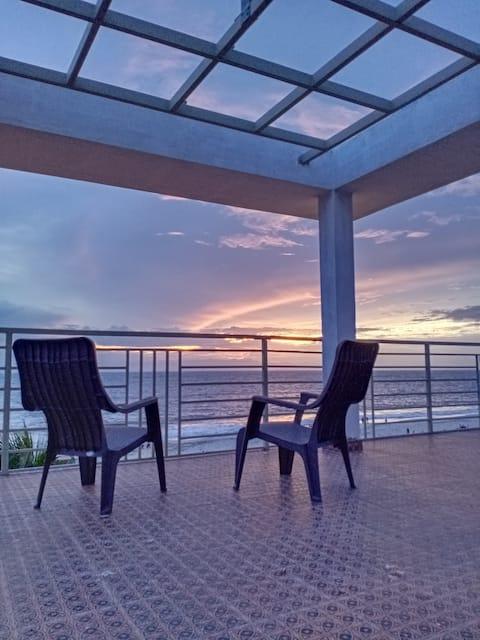 Neela Waters Beach Homestay - Chandra