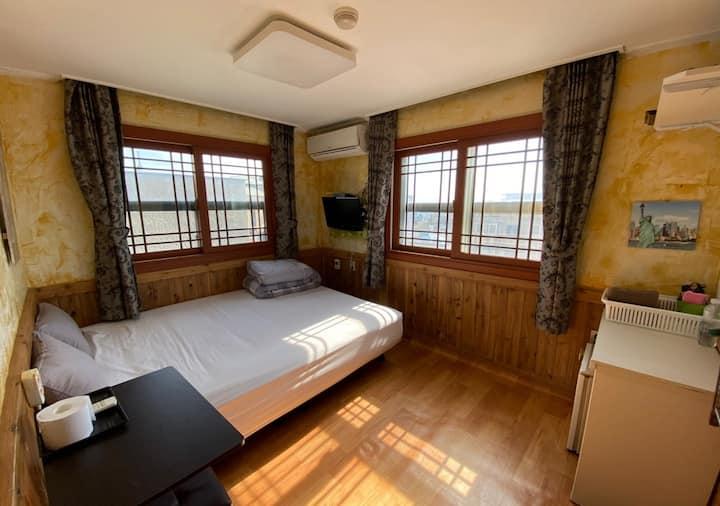 아름다운 서귀포 앞바다을 바라볼 수있는  싱글룸-605호<장기숙박강추>