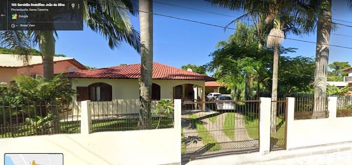 Casa de Praia em Ponta das Canas - Florianópolis