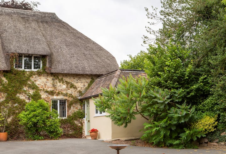 Thatchstones Annexe, very peaceful, fabulous views